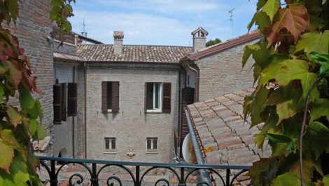 Le Marche Apartment