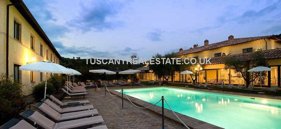 Perugia Umbria luxury hotel for sale. Ideal purchase for an independent hotelier or to add to a hotel chain portfolio. 52 ensuite bedrooms, this hotel is equipped inside and out with luxury amenities and facilities.
