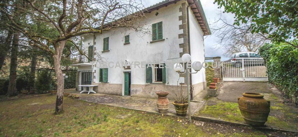 Anghiari Tuscany property for sale, renovation needed