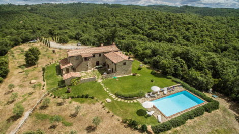 Rapolano Terme Siena farmhouse property