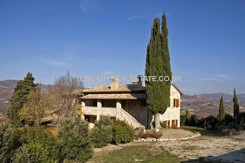 Assisi Property
