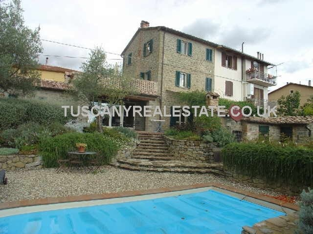 Umbria Property With Pool