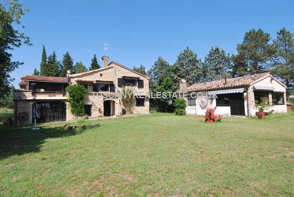 Buy a house in Umbria