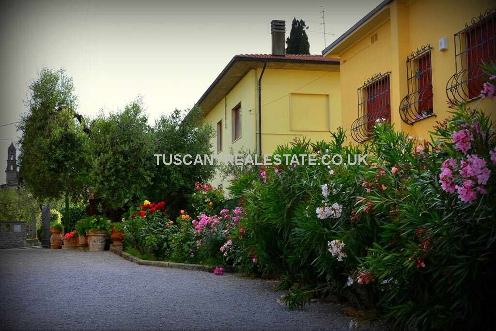 Lucignano Bed and Breakfast