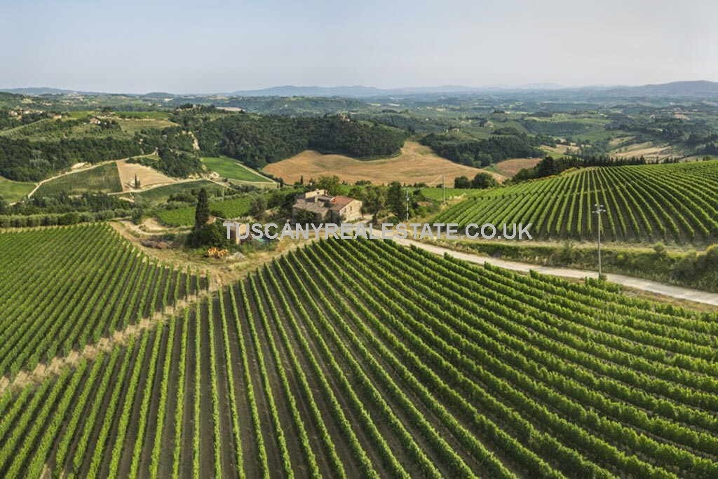 Tuscan property development opportunity