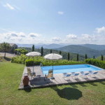 Tuscan Farmhouse, Rustic, Secluded, Tranquil. Vineyard. Pool