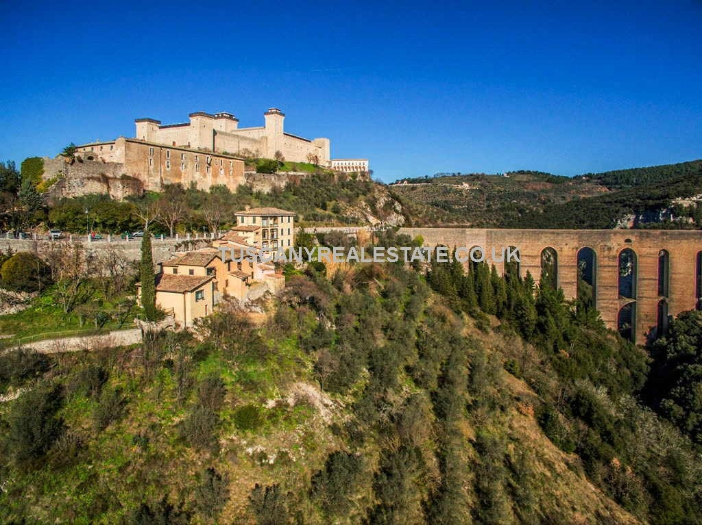 Spoleto Umbria real estate