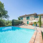 Swimming pool view of Umbria farmhouse property