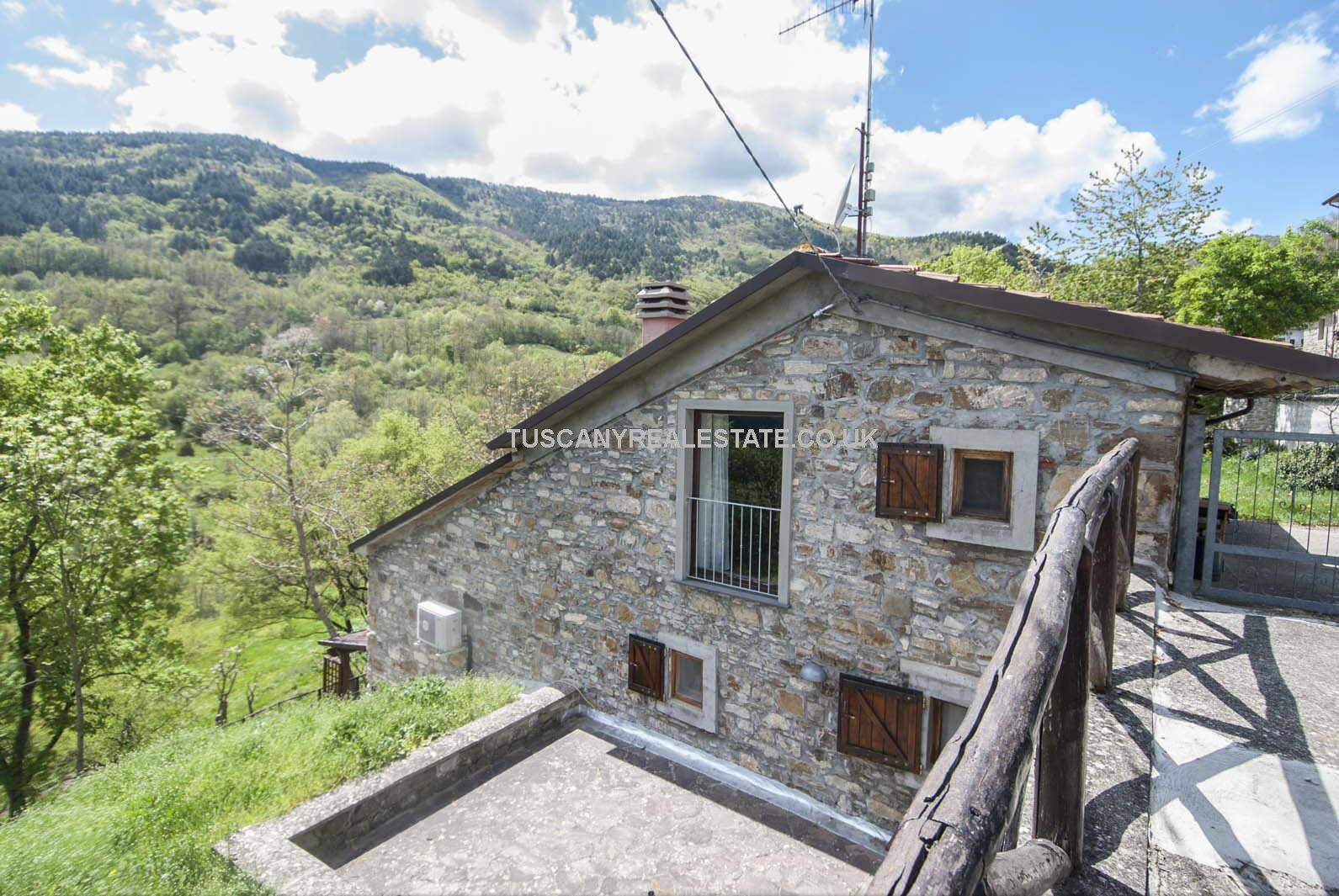 Cheap house for sale in Italy Tuscany