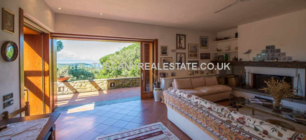 Near to Punta Ala is this large modern stone detached Tuscan villa with sea views. 4/5 bedrooms plus a one bed independent apartment ideal for guest or staff accommodation.