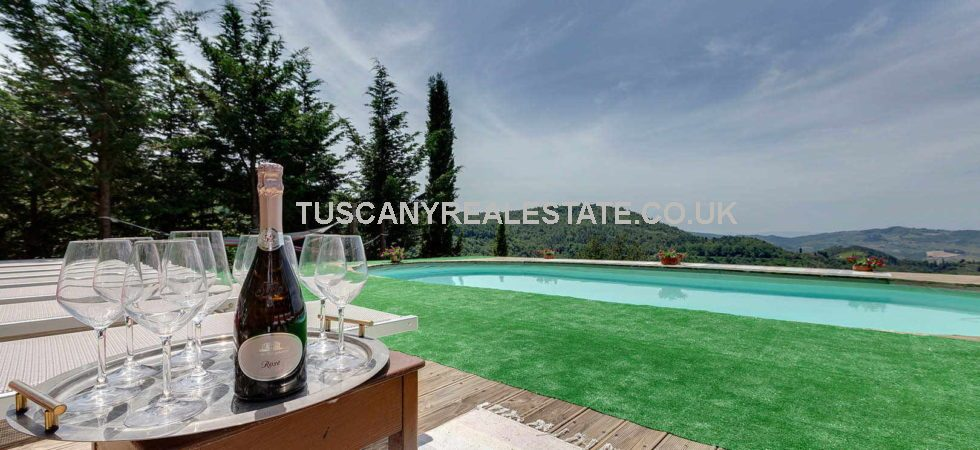 Near to Greve in Chianti Florence are these two restored Tuscany villas with pools for sale together. Currently used for upmarket hosting.