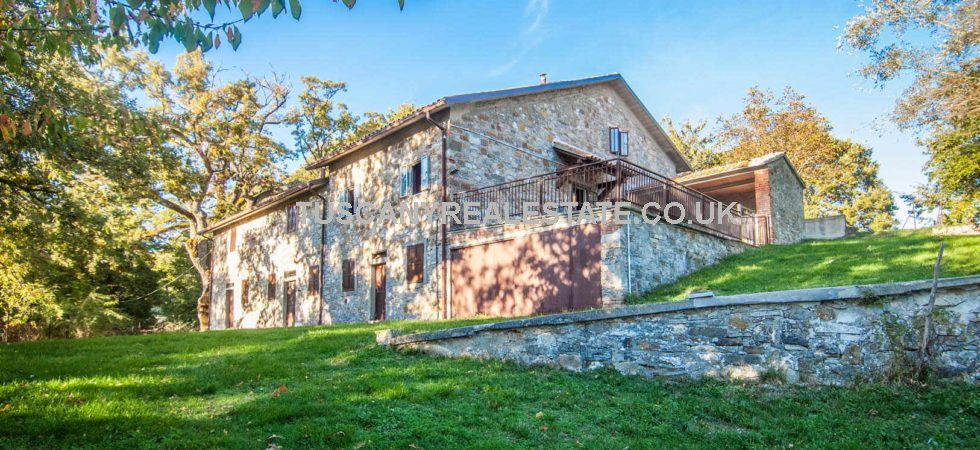 For sale, Country house for renovation in Tuscany. Main work already done and structurally sound. Up to 6 bedrooms large spacious house with 4,000 sqm land.