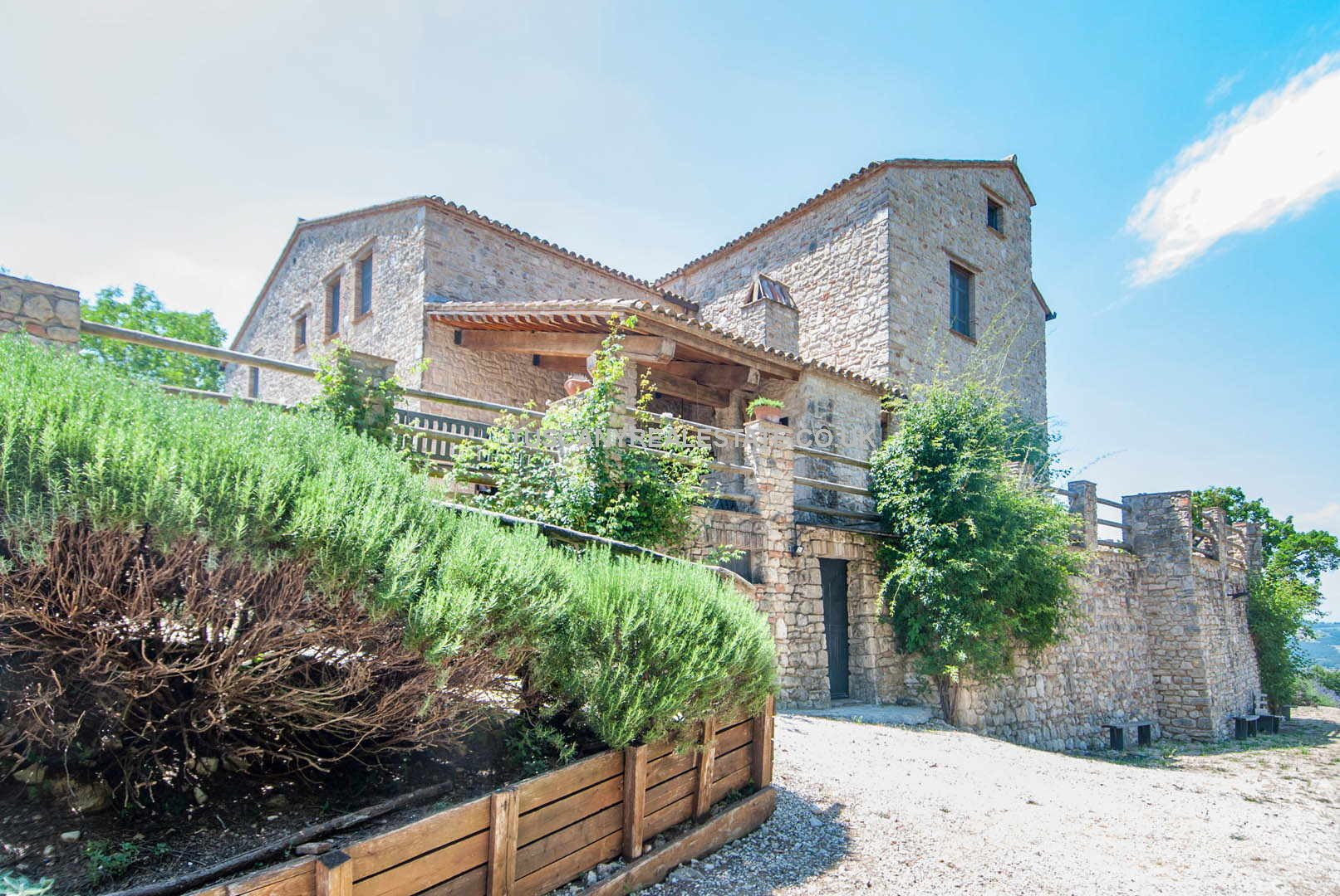 Farmhouse for sale Umbria Italy