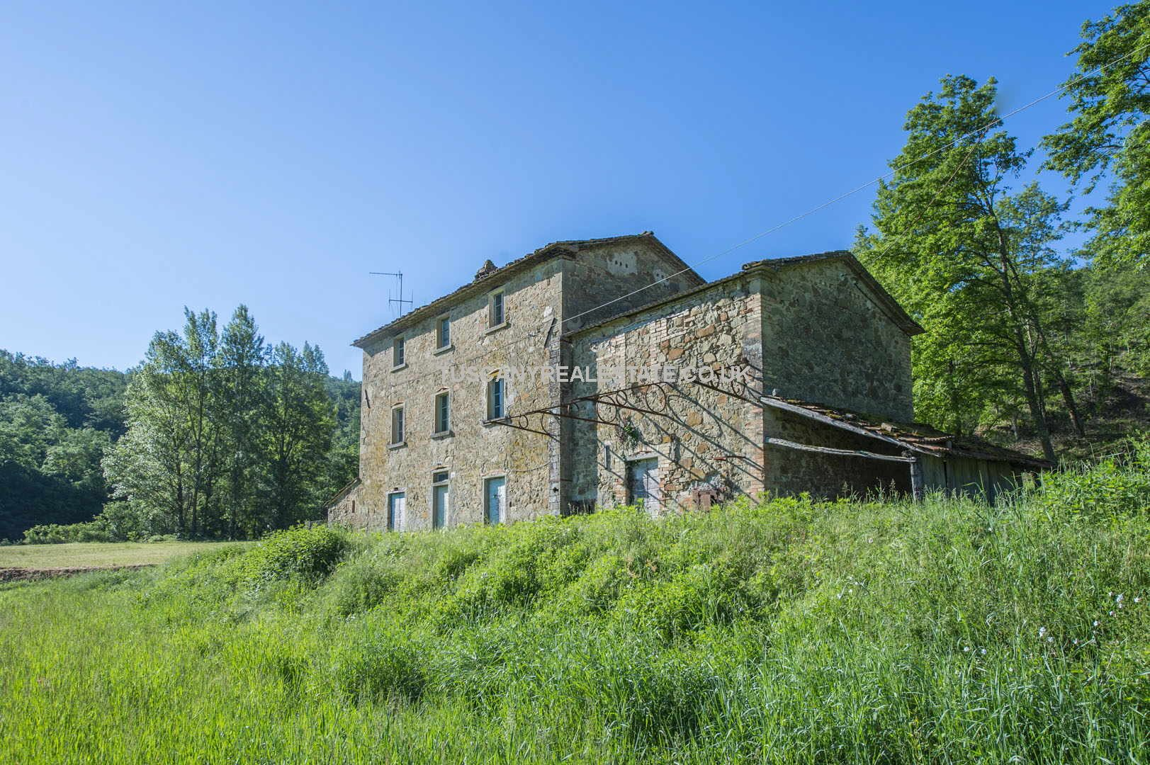 Farmhouse renovation project in Italy