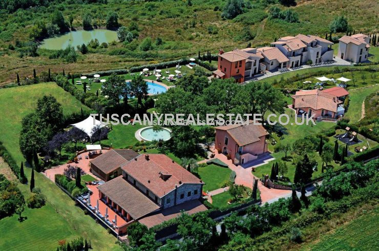 Tuscan Tourist Complex Business Opportunity