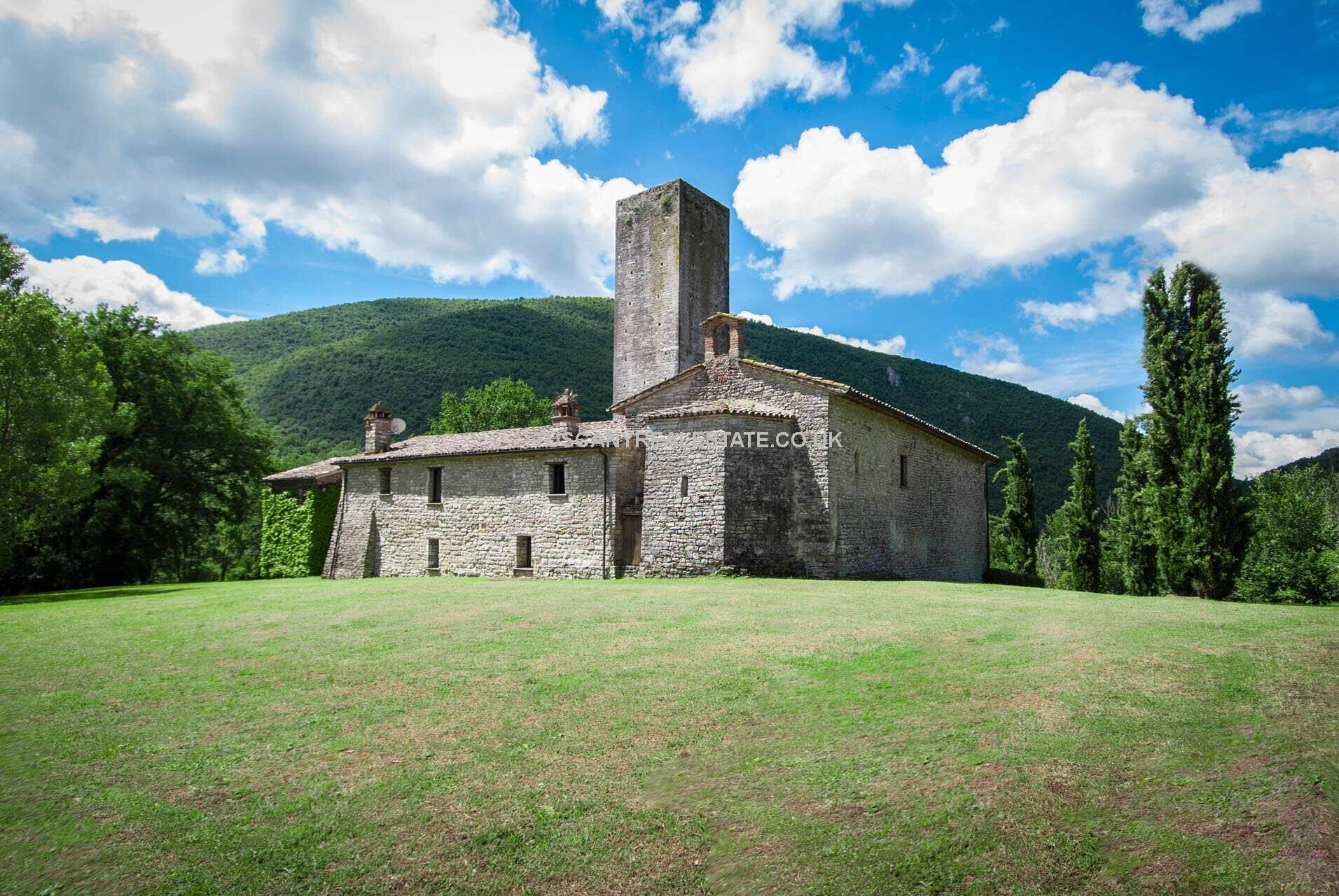 Unusual historic medieval property – Umbertide Umbria