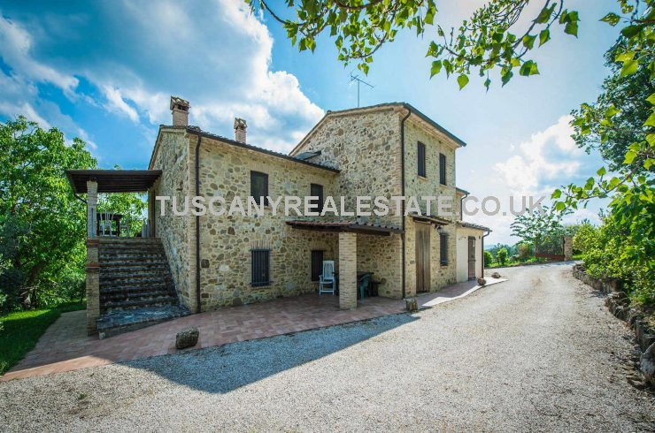 Umbria Agriturismo Business Home and Income