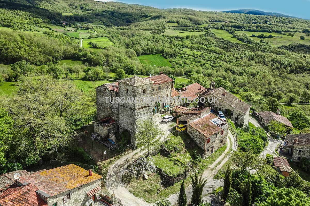Tuscan Medieval property for sale