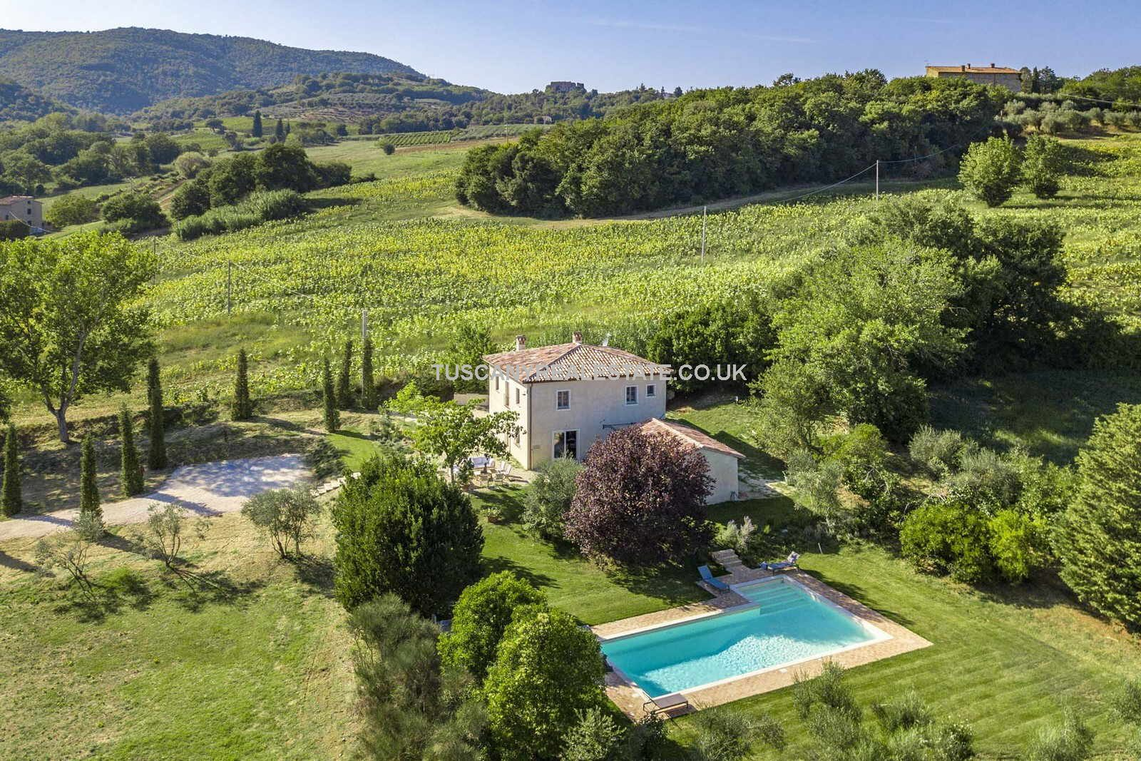Restored Umbria Villa With Pool